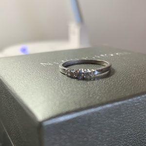Swarovski rings + free wave ring